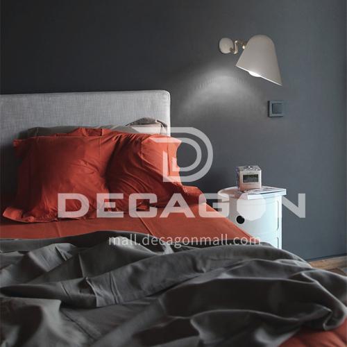 Modern minimalist metal creative living room wall lamp Nordic bedroom bedside hotel small wall lamp aisle corridor wall lamp YDH-7190